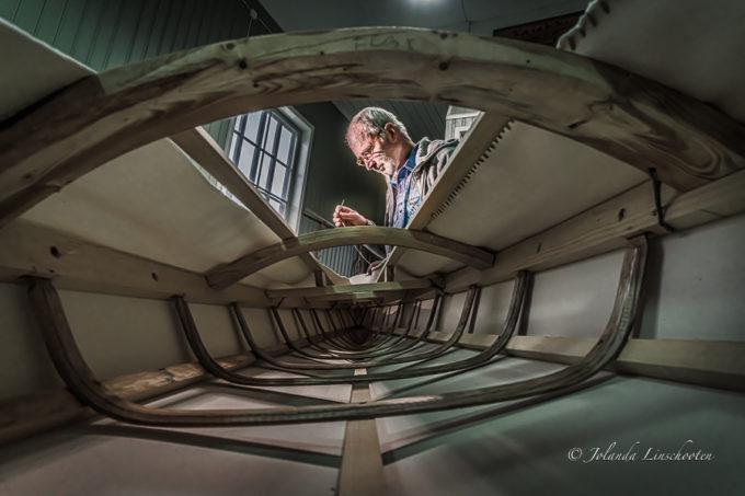 De bouw van een Groenlandse kajak
